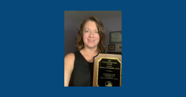 Jessica DeCesare Awarded Friend of the Virginia Veterinary Medical Association (VVMA)
